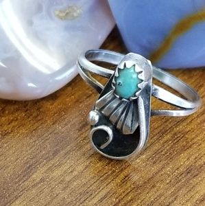 Old Pawn sterling silver turquoise ring
